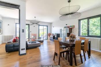 Maison 8 pièces 360 m2