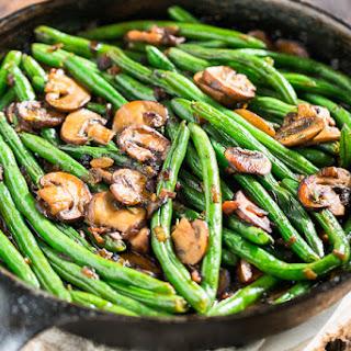 Green Beans with Bacon Mushroom Sauce