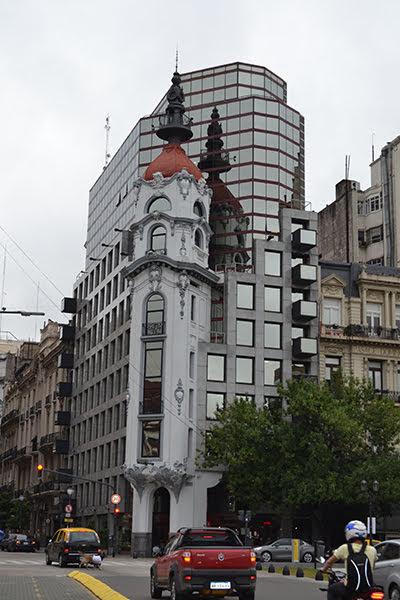 Южная Америка. Декабрь 2018 - январь 2019. Аргентина. Уругвай. Игуасу. Парагвай
