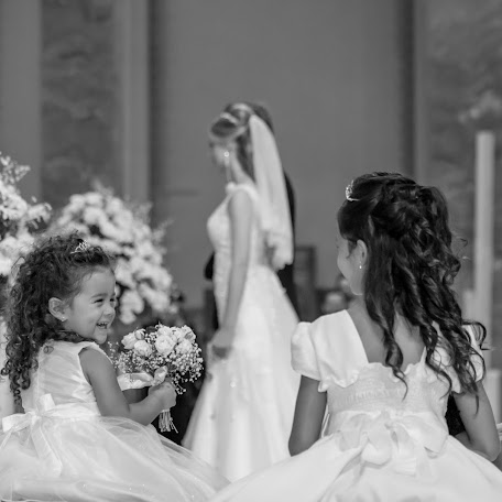 Wedding photographer Anderson Scal (andersonscal). Photo of 05.06.2017
