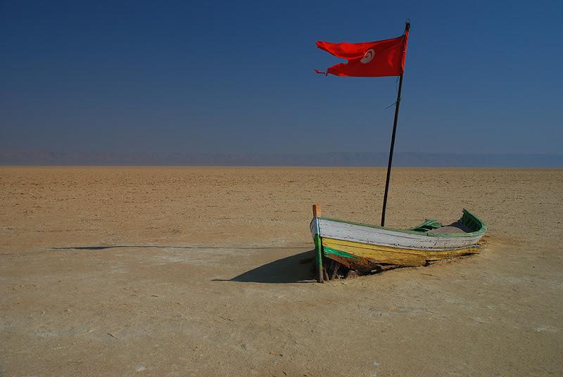 A gonfie vele nel deserto! di BASTET-Clara
