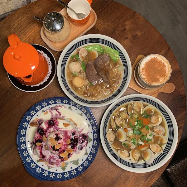 KSL coffee /鳳山咖啡店 / 結合中西式料理