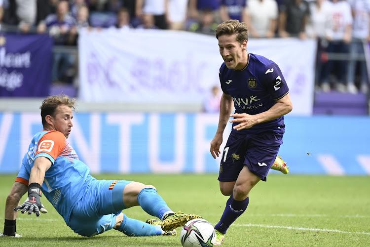 """Yari Verschaeren zegt waar hij het liefst wil spelen: """"Daarover het eens met de coach"""""""