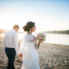 Wedding photographer Ekaterina Ongulenko (ongulenko). Photo of 13.01.2016