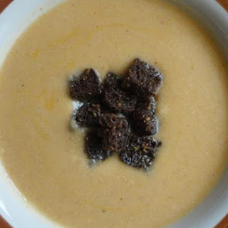 Spicy Cauliflower Soup With Garlic Rye Croutons