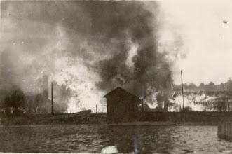 Photo: Brannen på Broene 27 mai 1936. Tatt fra Hjellen.