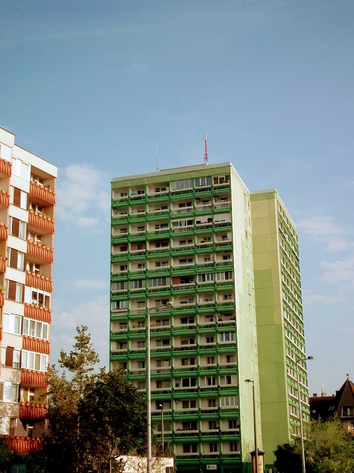 Nyíregyháza/14 em. toronyház - helyi DVB-T adóállomás