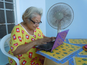 Photo: sis and her laptop