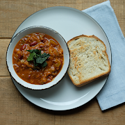 Three Bean Chili & Buttered Toast