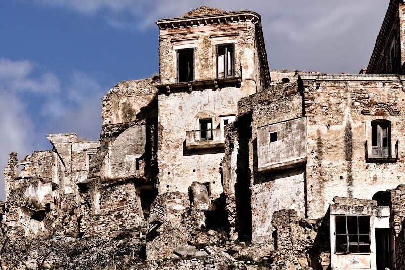 Un borgo abbandonato di Diana Cimino Cocco