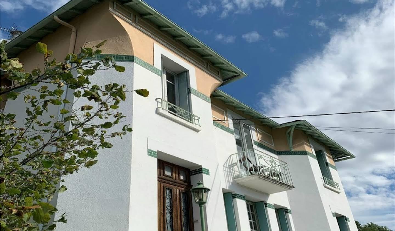 Maison avec piscine et terrasse Quillan