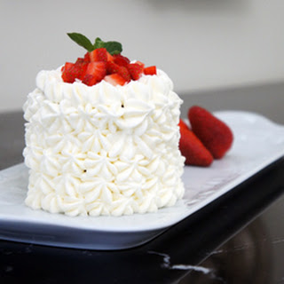 Insanely sweet – Tres leches and strawberry cake