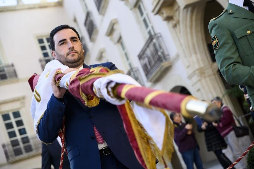 Carlos Sánchez, el edil más joven volvió a cargar el Pendón.