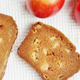 Apple-Cinnamon Quick Bread