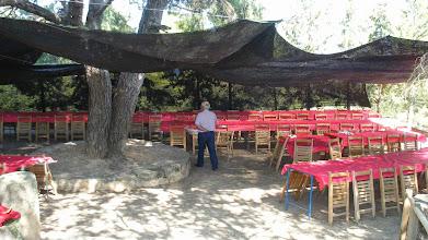 Photo: Diumenge al matí tot està preparat pel dinar de més de 150 persones.