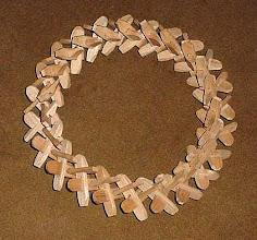 Photo: Kutya gerinc (kręgosłup psa) - wianek z drewnianych elementów do ustawiania na nim bogracza. (6)
