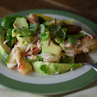 AVOCADO, TOMATO, CRAB AND RED-VEINED SORREL SALAD