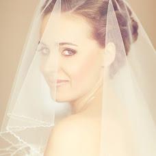 Wedding photographer Darya Sukharzhevskaya (Sukharzhevskaya). Photo of 18.12.2012