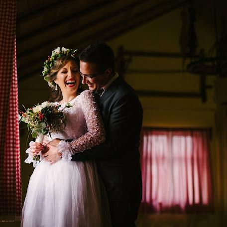 Wedding photographer Mario Alajbeg (alajbeg). Photo of 04.04.2017