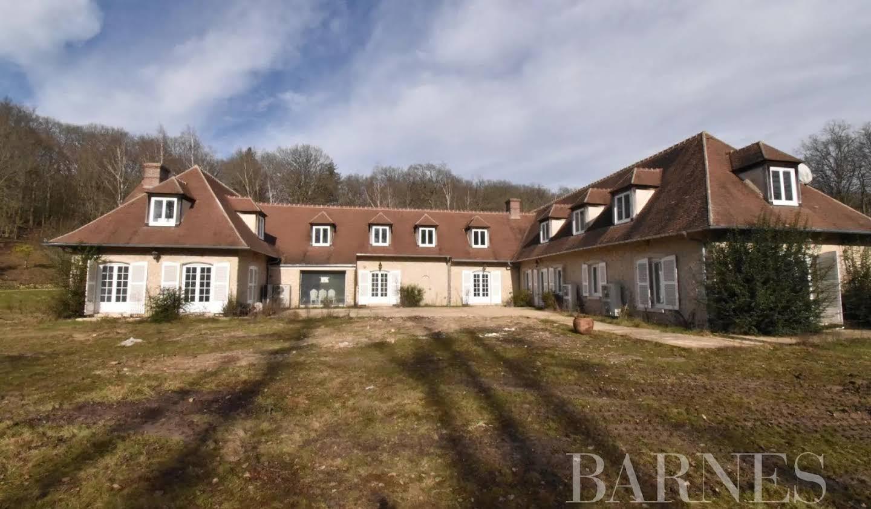 Maison avec piscine La Celle-les-Bordes