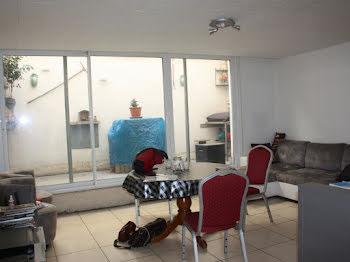 maison à Névian (11)