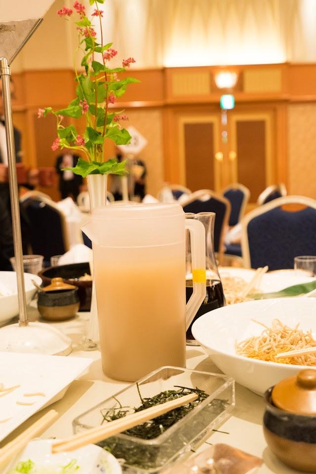 「赤蕎麦の花」と「そば湯」