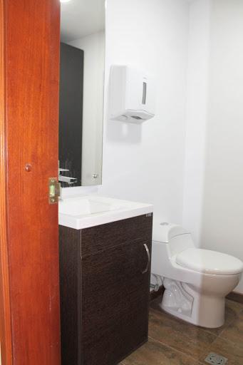 Oficinas en Arriendo - Bogota, Chico 642-3541