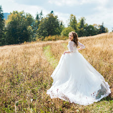 Wedding photographer Alena Smirnova (AlenkaS). Photo of 08.02.2018