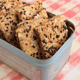 Gluten-Free Almond Pulp Crackers & Winners
