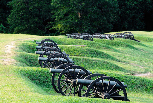 Vicksburg-Cannons.jpg - American River Cruises takes guests on a journey to Civil War battlefields through a visit to the Vicksburg Military Park in Mississippi, known for its vintage cannons, monuments, a memorial arch and more.
