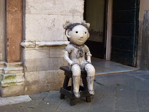 Photo: An interesting no-name statue in one alley