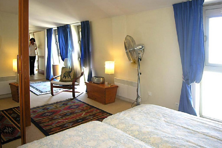 Bedroom at Place de Thorigny