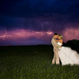 by Robert Evans - Wedding Bride & Groom (  )