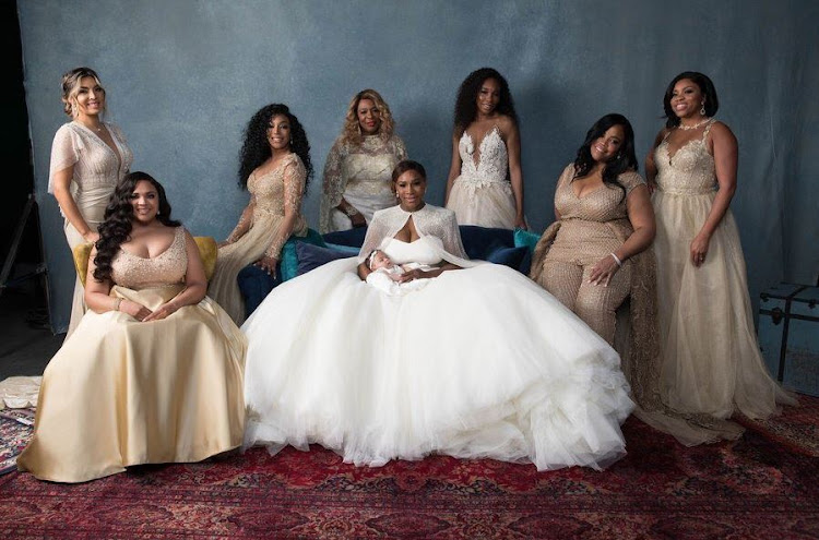 Serena Williams took a formal picture with her attendants and daughter.
