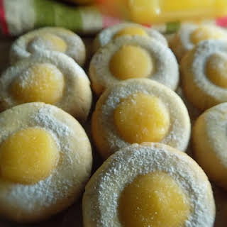 Ginger Thumbprint Cookies with Lemon Curd.