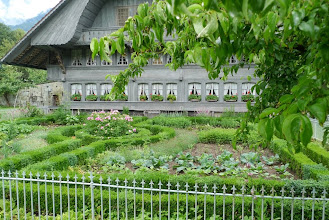 Photo: Wunderschöner Garten mit Haus