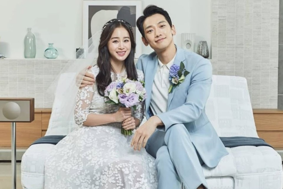 kim-tae-hee-and-bi-rain-releases-new-wedding-photos