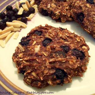 Blueberry Almond Banana Oat Breakfast Cookies Recipe