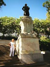 Photo: #004-La statue de Goya