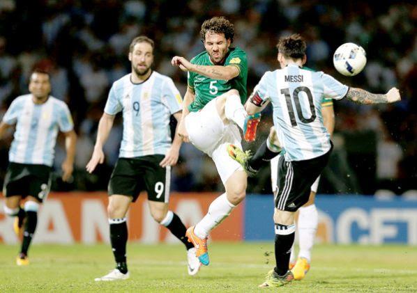 Eliminatorias 2018: Argentina gana a Bolivia 2-0 y Baldivieso está en la mira