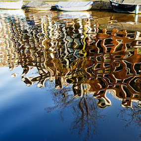 Amsterdam riflessa by Federica Violin - Nature Up Close Water ( home, houses, canale, amsterdam, case, riflesso )