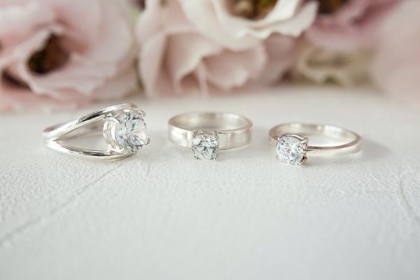 戒指戴法-求婚戒、婚戒怎麼戴