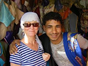 Photo: bei dem Typen hat Gaby ihre Kalabea gekauft.... das Teil seht ihr später !!