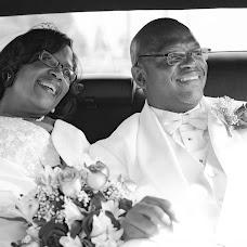 Wedding photographer Reginald Smart (smartshot757). Photo of 22.10.2015