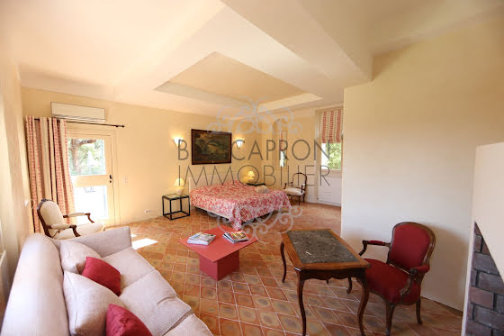 Vente propriété 14 pièces 406 m2