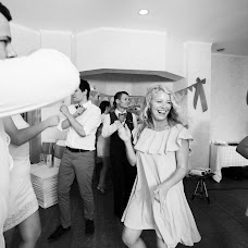 Wedding photographer Elena Zhukova (photomemories). Photo of 09.02.2018