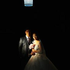 Wedding photographer Dulat Satybaldiev (dulatscom). Photo of 03.10.2017