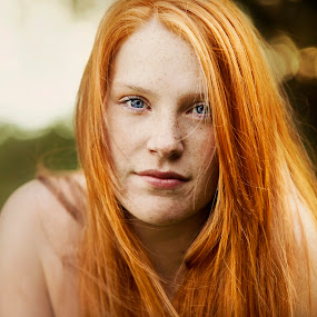 Natural... by Andy Dyso - People Portraits of Women
