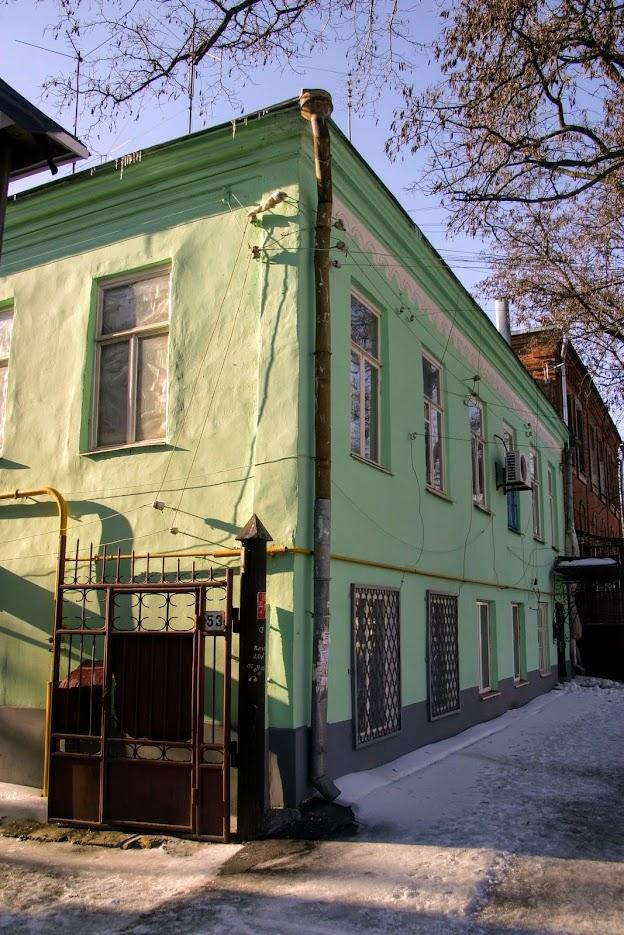 https://sites.google.com/site/istoriceskijtaganrog/cehova-ulica/dom-53