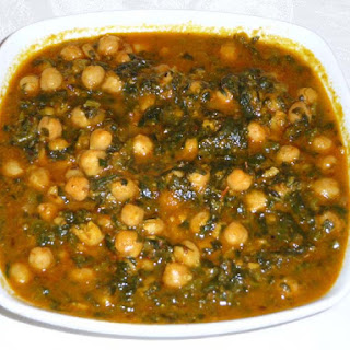 Chole Palak (Chickpeas With Spinach).